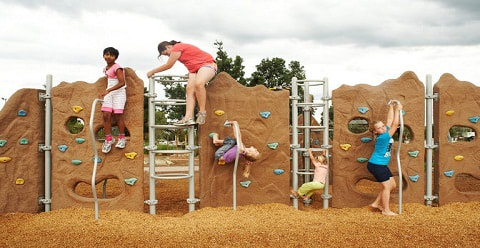The Bathurst Adventure Park for kids. Flying fox, rock climbing, bbq's and paths.